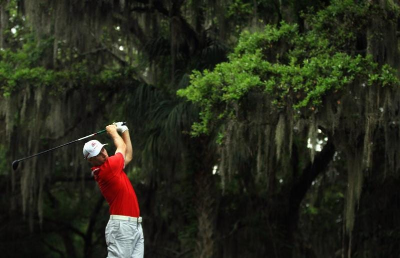 HILTON HEAD ISLAND, SC - APRIL 22:  Ben Crane hits his tee shot on the 16th hole during the second round of The Heritage at Harbour Town Golf Links on April 22, 2011 in Hilton Head Island, South Carolina.  (Photo by Streeter Lecka/Getty Images)