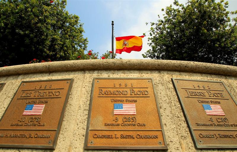 PONTE VEDRA BEACH, FL - MAY 11:  The flag of Spain flies at half-mast to commemorate the passing of golfer Seve Ballesteros as seen during a practice round prior to the start of THE PLAYERS Championship held at THE PLAYERS Stadium course at TPC Sawgrass on May 11, 2011 in Ponte Vedra Beach, Florida.  (Photo by Streeter Lecka/Getty Images)