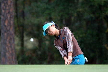 Soo-Yun Kang chips into the second green during the first round of the 2005 Mitchell Company Tournament of Champions November 10 in Mobile.Photo by Al Messerschmidt/WireImage.com