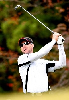 GOTENBA, JAPAN - NOVEMBER 11:  Brendan Jones of Australia plays a tee shot during the final round of the Sumitomo Visa Taiheiyo Masters held at Taiheiyo Club on November 11, 2007 in Gotenba, Shizuoka Prefecture,  Japan.  (Photo by Koichi Kamoshida/Getty Images)