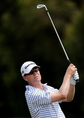 MELBOURNE, AUSTRALIA - NOVEMBER 27: John Senden of Australia hits a shot off the 8th fairway during the first round of the 2008 Australian Masters at Huntingdale Golf Club on November 27, 2008 in Melbourne, Australia  (Photo by Robert Cianflone/Getty Images)