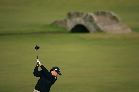 ST ANDREWS, UNITED KINGDOM - AUGUST 04:  Wendy Ward of USA tees off on the 18th hole during the Third Round of the 2007 Ricoh Women's British Open held on the Old Course at St Andrews on August 4, 2007 in St Andrews, Scotland.  (Photo by Warren Little/Getty Images)