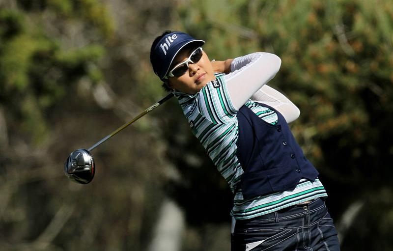 CARLSBAD, CA - MARCH 27: Hee Kyung Seo of South Korea hits her tee shot on the seventh hole during the third round of the Kia Classic Presented by J Golf at La Costa Resort and Spa on March 27, 2010 in Carlsbad, California. (Photo by Stephen Dunn/Getty Images)