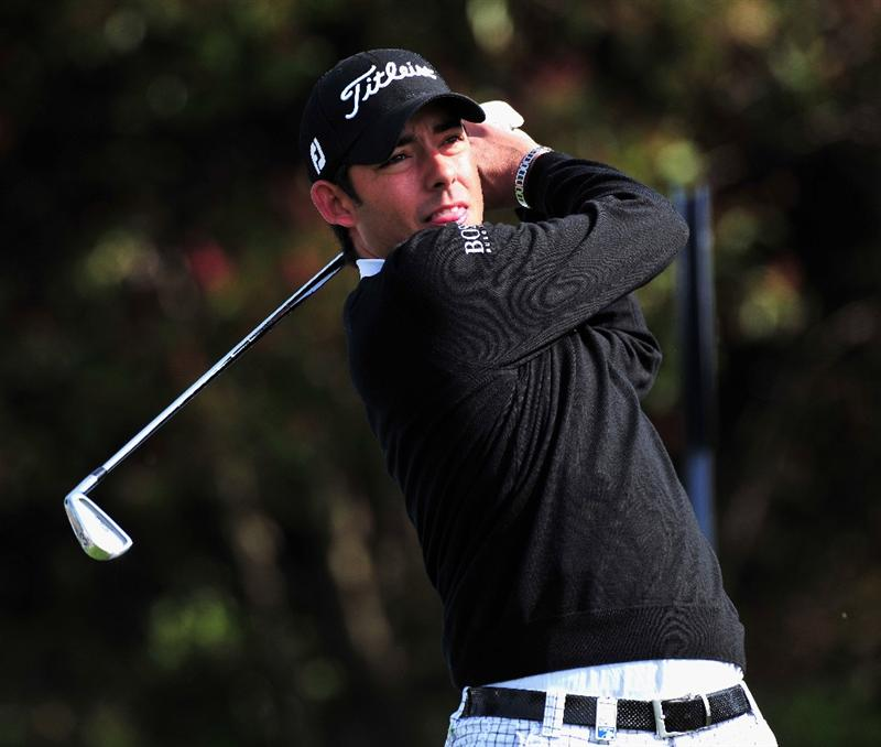 JEJU, SOUTH KOREA - APRIL 22:  Pablo Larrazabal of Spain plays a shot during the pro - am of the Ballantine's Championship at Pinx Golf Club on April 22, 2009 in Jeju, South Korea.  (Photo by Stuart Franklin/Getty Images)