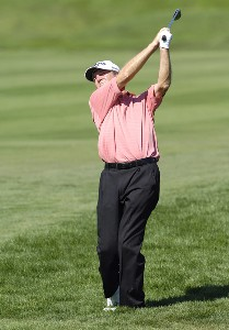 Des Smyth follows his shot during the final round of the JELD-WEN Tradition at The Reserve Vineyards & Golf Club in Aloha, Oregon on, August 27, 2006.Photo by Steve Levin/WireImage.com