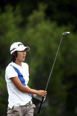 LA JOLLA, CA - SEPTEMBER 17:  Song-Hee Kim of South Korea tees off the 2nd hole during the first round of the LPGA Samsung World Championship on September 17, 2009 at Torrey Pines Golf Course in La Jolla, California.  (Photo By Donald Miralle/Getty Images)