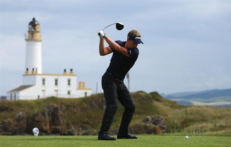 TURNBERRY, SCOTLAND - JULY 16:  Luke Donald of England tees off on the 9th hole during round one of the 138th Open Championship on the Ailsa Course, Turnberry Golf Club on July 16, 2009 in Turnberry, Scotland.  (Photo by Andrew Redington/Getty Images)