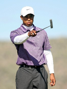 MARANA, AZ - FEBRUARY 23:  Tiger Woods waits on the 16th hole during the quarterfinal matches of the WGC-Accenture Match Play Championship at The Gallery at Dove Mountain on February 23, 2008 in Marana, Arizona.  (Photo by Scott Halleran/Getty Images)
