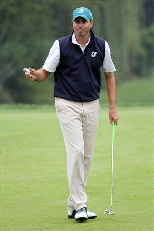 LEMONT, IL - SEPTEMBER 11:  Matt Kuchar reacts after a putt on the eighth hole during the third round of the BMW Championship at Cog Hill Golf & Country Club on September 11, 2010 in Lemont, Illinois.  (Photo by Jamie Squire/Getty Images)