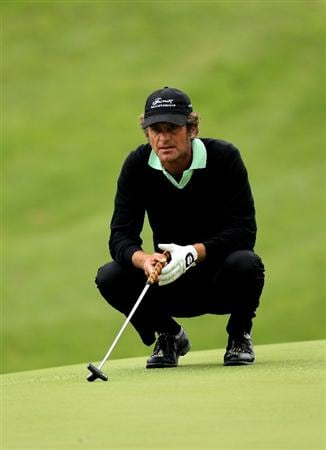 PACIFIC PALISADES, CA - FEBRUARY 04:  Jesper Parnevik of Sweden lines up a putt on the eighth hole during the first round of the Northern Trust Open at Riveria Country Club on February 4, 2010 in Pacific Palisades, California.  (Photo by Stephen Dunn/Getty Images)