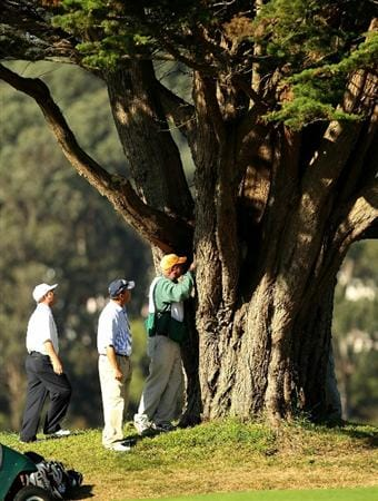 SAN FRANCISCO - NOVEMBER 06:  Jeff Sluman and Olin Browne look for Sluman's ball with the help of Sluman's caddie on the 18th hole during round 3 of the Charles Schwab Cup Championship at Harding Park Golf Course on November 6, 2010 in San Francisco, California.  (Photo by Ezra Shaw/Getty Images)