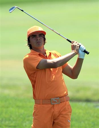 ORLANDO, FL - MARCH 27:  Rickie Fowler plays his second shot on the 1st hole during the final round of the 2011 Arnold Palmer Invitational presented by Mastercard at the Bay Hill Lodge and Country Club on March 27, 2011 in Orlando, Florida.  (Photo by David Cannon/Getty Images)