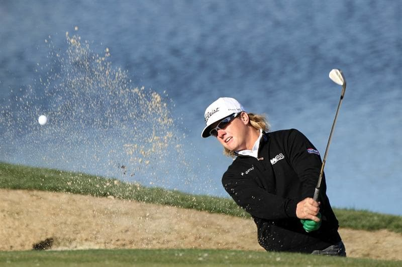 MARANA, AZ - FEBRUARY 23:  Charley Hoffman hits from a bunker on the third hole during the first round of the Accenture Match Play Championship at the Ritz-Carlton Golf Club on February 23, 2011 in Marana, Arizona.  (Photo by Sam Greenwood/Getty Images)