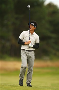 SOUTHPORT, UNITED KINGDOM - JULY 15:  Ryuji Imada of Japan watches a shot during the second practice round of the 137th Open Championship on July 15, 2008 at Royal Birkdale Golf Club, Southport, England. (Photo by Richard Heathcote/Getty Images)