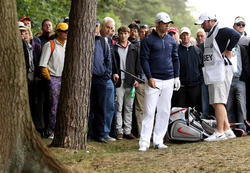 VIRGINIA WATER, ENGLAND - MAY 27:  Paul Casey of England finds trouble on the 15th hole during the second round of the BMW PGA Championship at the Wentworth Club on May 27, 2011 in Virginia Water, England.  (Photo by Ian Walton/Getty Images)