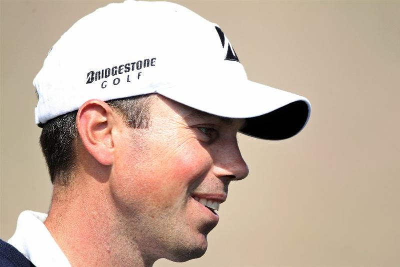 MARANA, AZ - FEBRUARY 25:  Matt Kuchar smiles after winning his match during the third round of the Accenture Match Play Championship at the Ritz-Carlton Golf Club on February 25, 2011 in Marana, Arizona.  (Photo by Andy Lyons/Getty Images)