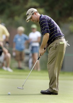 Charles Warren in action during the first round of the Chrysler Classic of Greensboro at Forest Oaks Country Club in Greensboro, North Carolina on September 29, 2005. He leads the tournament with an 10 under par 62.Photo by Michael Cohen/WireImage.com