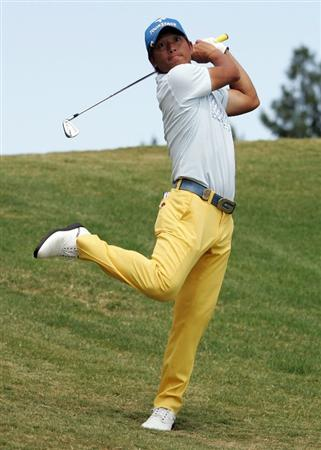 PERTH, AUSTRALIA - FEBRUARY 22:  Taichiro Kiyota of Japan plays his second shot on the 18th hole during day four of the 2009 Johnnie Walker Classic at The Vines Resort and Country Club on February 22, 2009 in Perth, Australia.  (Photo by Paul Kane/Getty Images)