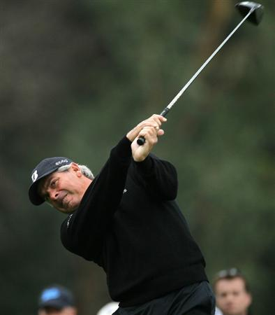 PACIFIC PALISADES, CA - FEBRUARY 18:  Fred Couples hits his tee shot on the ninth hole during round two of the Northern Trust Open at Riviera Country Club on February 18, 2011 in Pacific Palisades, California.  (Photo by Stephen Dunn/Getty Images)