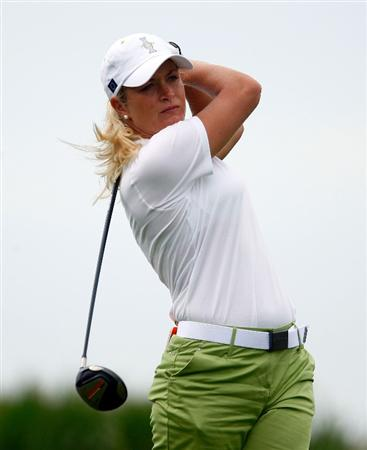 SUGAR GROVE, IL - AUGUST 19:  Suzann Pettersen of the European Team hits a shot during a practice round prior to the start of the 2009 Solheim Cup at Rich Harvest Farms on August 19, 2009 in Sugar Grove, Illinois.  (Photo by Scott Halleran/Getty Images)