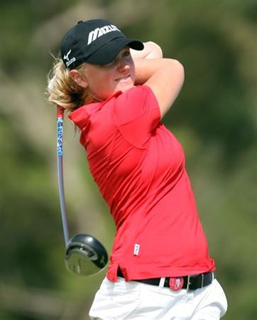 KAHUKU, HI - FEBRUARY 14: Stacy Lewis hits her tee shot on the 3rd hole during the final round of the SBS Open on February 14, 2009 at the Turtle Bay Resort in Kahuku, Hawaii.  (Photo by Andy Lyons/Getty Images)