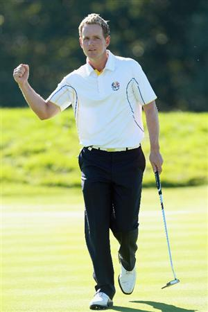 NEWPORT, WALES - OCTOBER 04:  Luke Donald of Europe celebrates a putt on the 11th green in the singles matches during the 2010 Ryder Cup at the Celtic Manor Resort on October 4, 2010 in Newport, Wales.  (Photo by Andrew Redington/Getty Images)