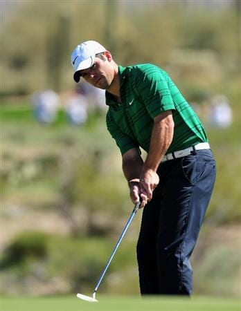 MARANA, AZ - FEBRUARY 27:  Paul Casey of England putting on the first hole during the third round of Accenture Match Play Championships at Ritz - Carlton Golf Club at Dove Mountain on February 27, 2009 in Marana, Arizona.  (Photo by Stuart Franklin/Getty Images)