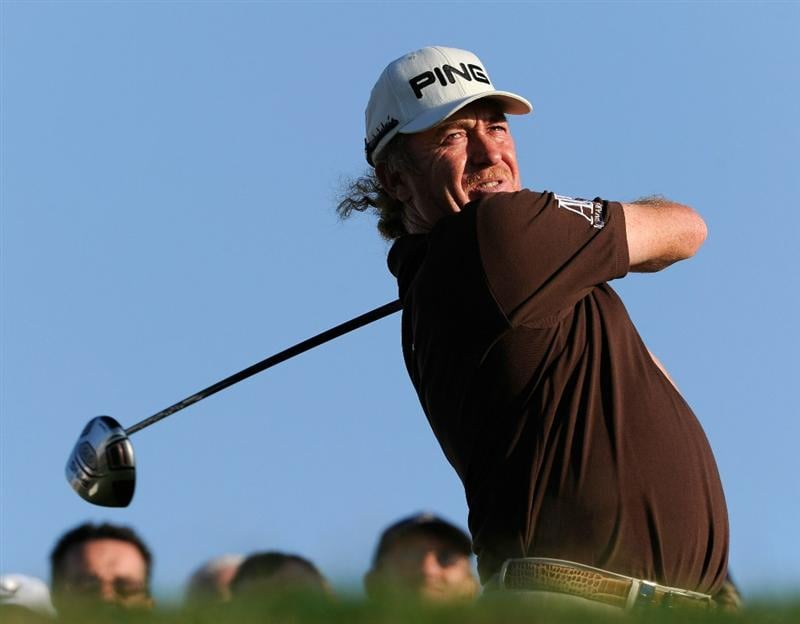 FARO, PORTUGAL - OCTOBER 14:  Miguel Angel Jimenez of Spain plays his tee shot on the 18th hole during the first round of the Portugal Masters at the Oceanico Victoria Golf Course on October 14, 2010 in Faro, Portugal.  (Photo by Stuart Franklin/Getty Images)