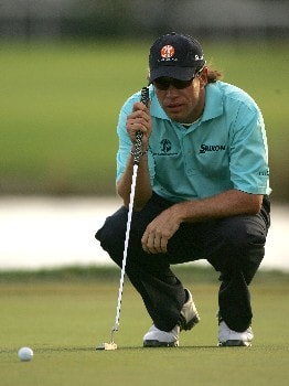 PALM BEACH GARDENS, FL - MARCH 1: Brian Davis of England lines up a putt on the 18th hole during the third round of the Honda Classic at PGA National Resort and Spa March 1, 2008 in Palm Beach Gardens, Florida.  (Photo by Sam Greenwood/Getty Images)