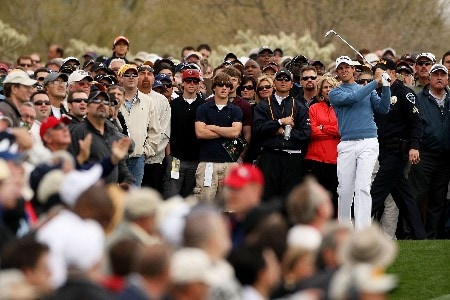 MARANA, AZ - FEBRUARY 22:  Aaron Baddeley hits from the rough on the first hole during the third round matches of the WGC-Accenture Match Play Championship at The Gallery at Dove Mountain on February 22, 2008 in Marana, Arizona.  (Photo by Travis Lindquist/Getty Images)