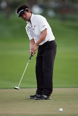 PALM BEACH GARDENS, FL - MARCH 06:  Y.E. Yang watches his birdie putt on the tenth hole, his 18th oof the day, during the second round of The Honda Classic at PGA National Resort and Spa on March 6, 2009 in Palm Beach Gardens, Florida.  (Photo by Doug Benc/Getty Images)