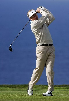 LA JOLLA, CA - JANUARY 24:  Stuart Appleby of Australia hits a tee shot on the second hole of the North Course during the first round of the Buick Invitational at the Torrey Pines Golf Course on January 24, 2008 in La Jolla, California.  (Photo by Jeff Gross/Getty Images)