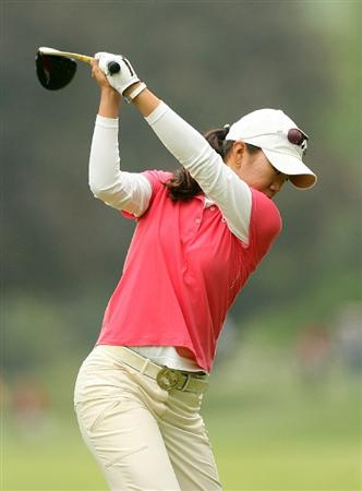 CLIFTON, NJ - MAY 16 : Ji Young Oh of South Korea hits her tee shot on the 7th hole during the third round of the Sybase Classic presented by ShopRite at Upper Montclair Country Club on May 16, 2009 in Clifton, New Jersey. (Photo by Hunter Martin/Getty Images)