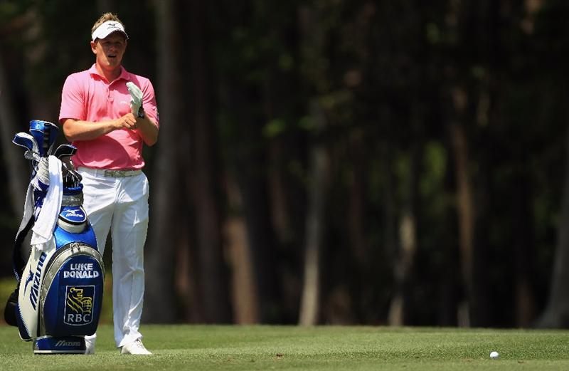 HILTON HEAD ISLAND, SC - APRIL 23:  Luke Donald of England waits to hit on the 2nd hole during the third round of The Heritage at Harbour Town Golf Links on April 23, 2011 in Hilton Head Island, South Carolina.  (Photo by Streeter Lecka/Getty Images)