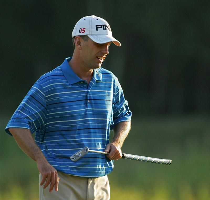 NORTON, MA - SEPTEMBER 05:  Kevin Sutherland of the United States reacts to a missed putt during the second round of the Deutsche Bank Championship at TPC Boston held on September 5, 2009 in Norton, Massachusetts.  (Photo by Michael Cohen/Getty Images)