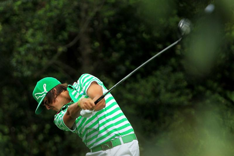 AUGUSTA, GA - APRIL 09:  Rickie Fowler hits his tee shot on the second hole during the third round of the 2011 Masters Tournament at Augusta National Golf Club on April 9, 2011 in Augusta, Georgia.  (Photo by David Cannon/Getty Images)