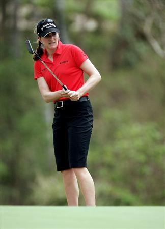 BANGKOK, THAILAND - FEBRUARY 27:  Brittany Lang of USA in action shot on the 3rd hole during day two of the Honda LPGA Thailand 2009 at Siam Country Club Plantation on February 27, 2009 in Pattaya, Chonburi, Thailand.  (Photo by Chumsak Kanoknan/Getty Images)