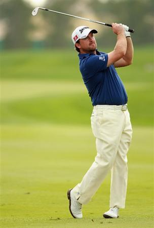 ABU DHABI, UNITED ARAB EMIRATES - JANUARY 22:  Graeme McDowell of Northern Ireland in action during the third round of The Abu Dhabi HSBC Golf Championship at Abu Dhabi Golf Club on January 22, 2011 in Abu Dhabi, United Arab Emirates.  (Photo by Andrew Redington/Getty Images)