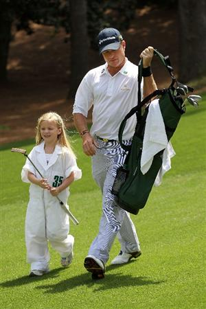 AUGUSTA, GA - APRIL 07:  Scott Verplank walks with his daughter during the Par 3 Contest prior to the 2010 Masters Tournament at Augusta National Golf Club on April 7, 2010 in Augusta, Georgia.  (Photo by Jamie Squire/Getty Images)