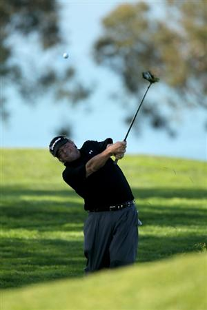 LA JOLLA, CA - JANUARY 28:  Steve Lowery pitches to the green on the second hole at the North Course at Torrey Pines Golf Course during the first round of the Farmers Insurance Open on January 28, 2010 in La Jolla, California.  (Photo by Stephen Dunn/Getty Images)