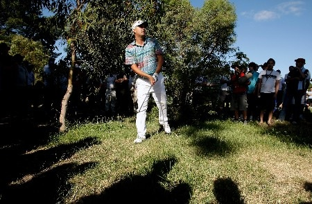 MELBOURNE, AUSTRALIA - NOVEMBER 25:  Daniel Chopra of Sweden looks to hit his shot out of the rough on the 18th during round four of the MasterCard Masters at Huntingdale Golf Course on November 25, 2007 in Melbourne, Australia.  (Photo by Robert Cianflone/Getty Images)