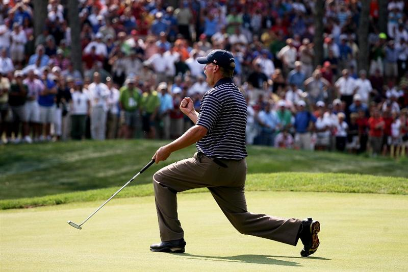 LOUISVILLE, KY - SEPTEMBER 20:  Steve Stricker of the USA team celebrates a birdie on the eighth green during the afternoon four-ball matches on day two of the 2008 Ryder Cup at Valhalla Golf Club on September 20, 2008 in Louisville, Kentucky.  (Photo by Andy Lyons/Getty Images)