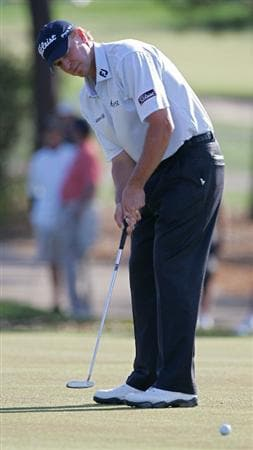 PALM HARBOR, FL - MARCH 19:  Steve Stricker hits a putt during the second round of the Transitions Championship at the Innisbrook Resort and Golf Club held on March 19, 2010 in Palm Harbor, Florida.  (Photo by Michael Cohen/Getty Images)