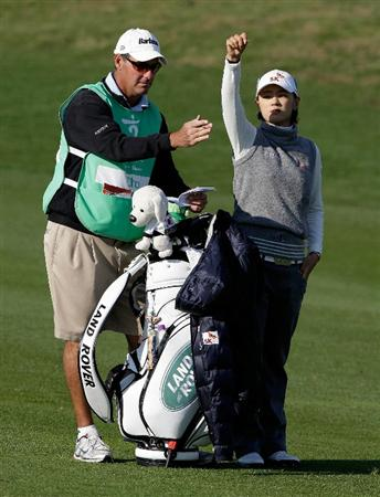 INCHEON, SOUTH KOREA - OCTOBER 29:  Choi Na-Yeon of South Korea on the 16th hole during the 2010 LPGA Hana Bank Championship at Sky 72 golf club on October 29, 2010 in Incheon, South Korea.  (Photo by Chung Sung-Jun/Getty Images)
