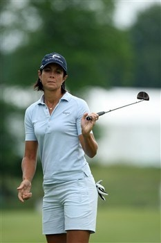 HAVRE DE GRACE, MD - JUNE 06:  Laura Diaz of the USA just misses a birdie at the 1st hole during the second round of the 2008 McDonald's LPGA Championship held at Bulle Rock Golf Course, on June 6, 2008 in Havre de Grace, Maryland.  (Photo by David Cannon/Getty Images)