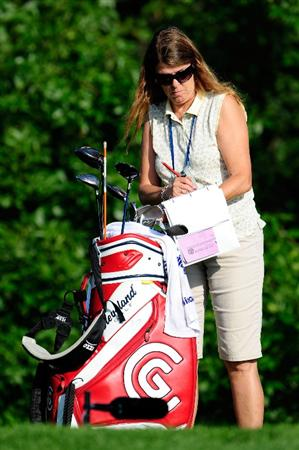 CHASKA, MN - AUGUST 13:  A member of the Darrell Survey checks golf clubs during the first round of the 91st PGA Championship at Hazeltine National Golf Club on August 13, 2009 in Chaska, Minnesota.  (Photo by Sam Greenwood/Getty Images)