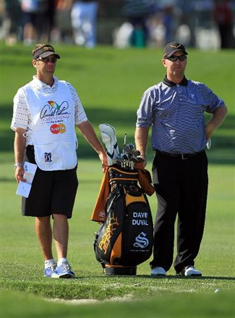 ORLANDO, FL - MARCH 25:  David Duval plays his second shot at the 1st hole during the second round of the 2011 Arnold Palmer Invitational presented by Mastercard at the Bay Hill Lodge and Country Club on March 25, 2011 in Orlando, Florida.  (Photo by David Cannon/Getty Images)