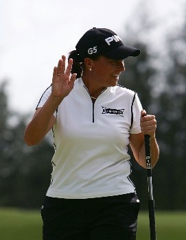 KAHUKU, HI - FEBRUARY 16:  Sherri Steinhauer reacts to her birdie on the sixth hole during the second round of the SBS Open, the first event of the 2007 LPGA season at the Turtle Bay Resort Arnold Palmer Course February 16, 2007 in Kahuku, Hawaii.  (Photo by Harry How/Getty Images)