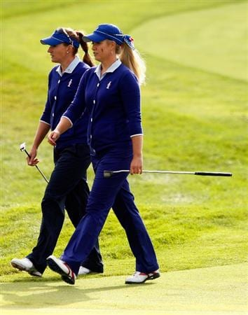 SUGAR GROVE, IL - AUGUST 21:  (L-R) Brittany Lang and Brittany Lincicome of the U.S. Team walk to the first green during the friday morning fourball matches at the 2009 Solheim Cup at Rich Harvest Farms on August 21, 2009 in Sugar Grove, Illinois.  (Photo by Scott Halleran/Getty Images)