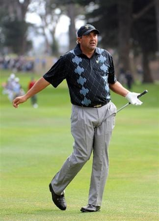 SAN FRANCISCO - OCTOBER 08:  Angel Cabrera of the International Team reacts to his shot on the seventh fairway during the Day One Foursome Matches of The Presidents Cup at Harding Park Golf Course on October 8, 2009 in San Francisco, California.  (Photo by Harry How/Getty Images)